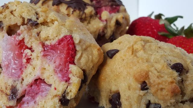 Chocolate and Strawberry Muffins 2